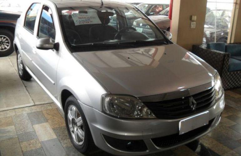Renault Logan Expression 1.6 16V Hi-Flex - Foto #3