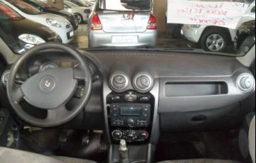 Renault Logan Expression 1.6 16V Hi-Flex - Foto #6