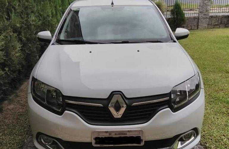 Renault Logan Dynamique 1.6 8V - Foto #1