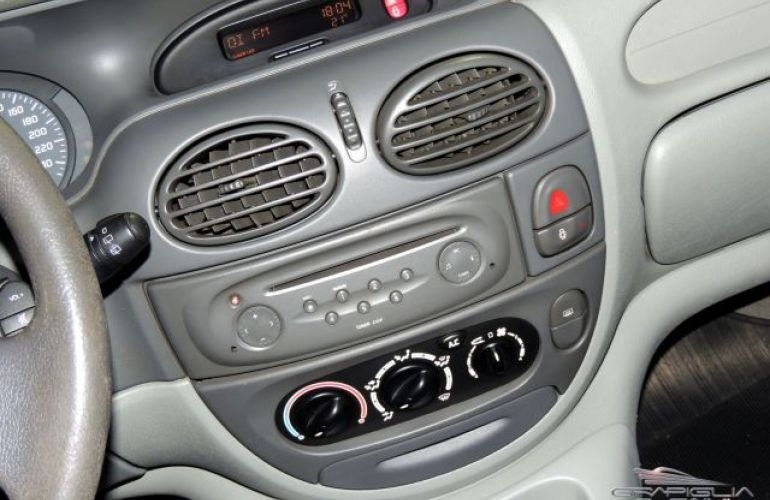 Renault Scénic RXE 1.6 16V - Foto #9