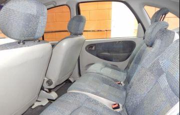 Renault Scénic 1.6 16V Hi-flex - Foto #4