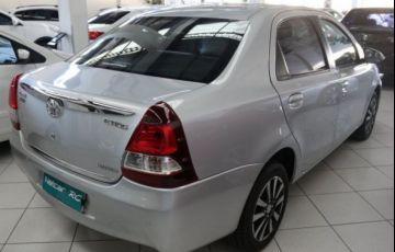 Toyota Etios Platinum 1.5 16V Flex - Foto #5