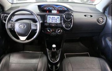 Toyota Etios Platinum 1.5 16V Flex - Foto #9