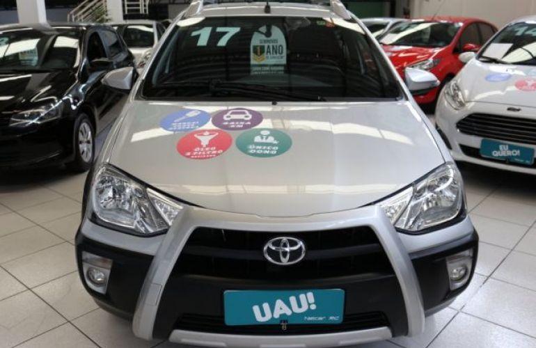 Toyota Etios Cross 1.5 16V DOHC Flex - Foto #2
