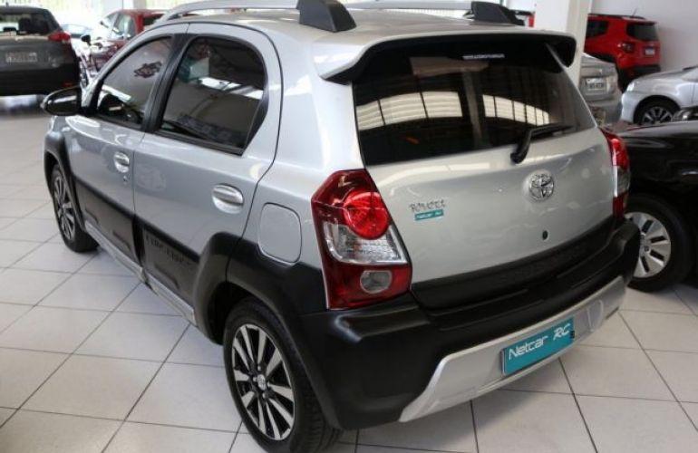 Toyota Etios Cross 1.5 16V DOHC Flex - Foto #4