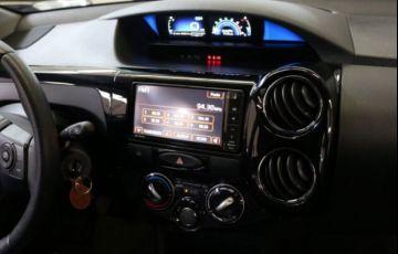 Toyota Etios Cross 1.5 16V DOHC Flex - Foto #7