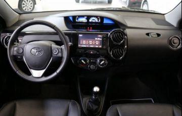 Toyota Etios Cross 1.5 16V DOHC Flex - Foto #8