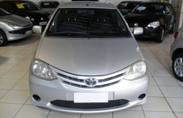 Toyota Etios Sedan XS 1.5 16V Flex - Foto #1