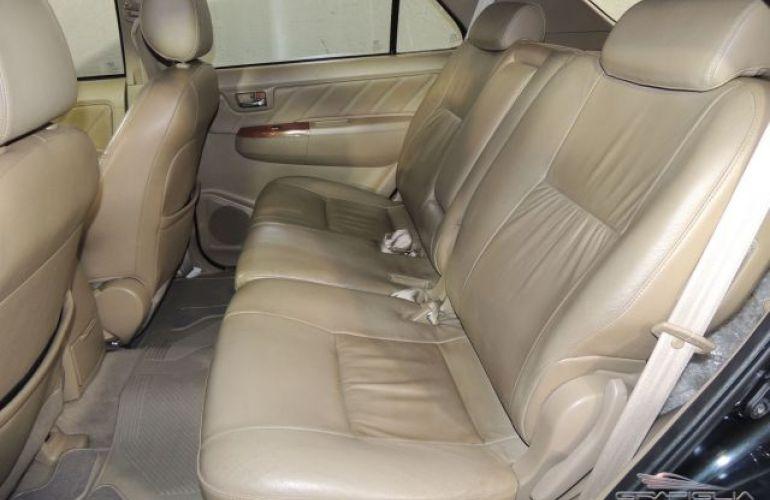 Toyota SW4 SRV 4X4 7 Lugares 3.0 Turbo Intercooler 16V - Foto #9