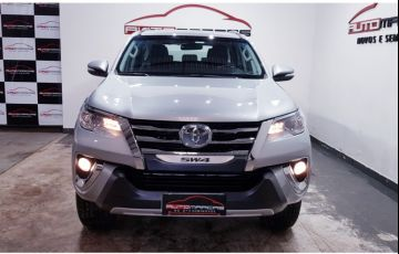 Toyota Hilux SW4 2.7 4x2 SR - Foto #5