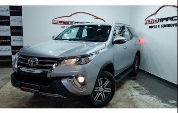 Toyota Hilux SW4 2.7 4x2 SR - Foto #6