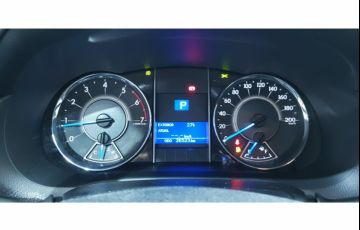 Toyota Hilux SW4 2.7 4x2 SR - Foto #9