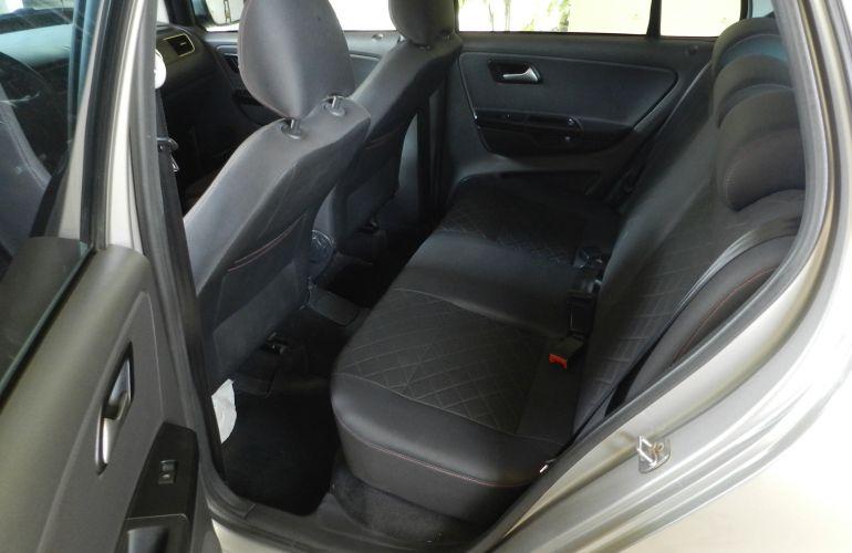 Volkswagen Fox 1.6 VHT Prime (Flex) - Foto #9