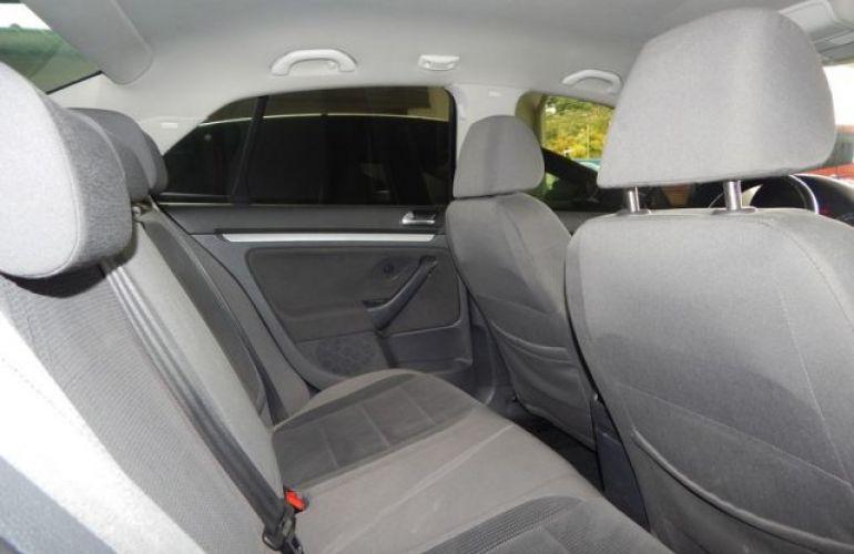 Volkswagen Jetta Tiptronic 2.5i 20V - Foto #4