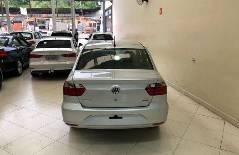 Volkswagen Voyage MSI 1.6 16V Total Flex - Foto #8