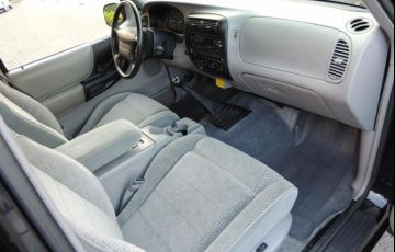 Ford Ranger XLT 4x2 4.0 V6 12V (Cab Simples) - Foto #6
