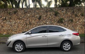 Toyota Yaris Sedan 1.5 XL (Flex) - Foto #2