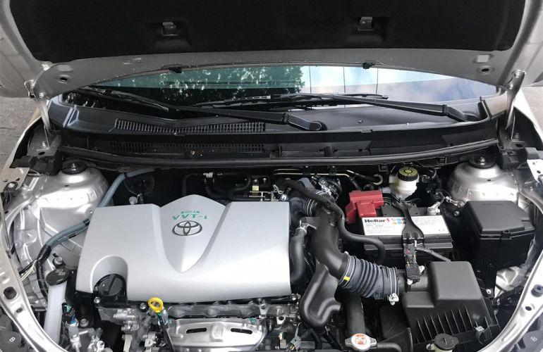 Toyota Yaris Sedan 1.5 XL (Flex) - Foto #7