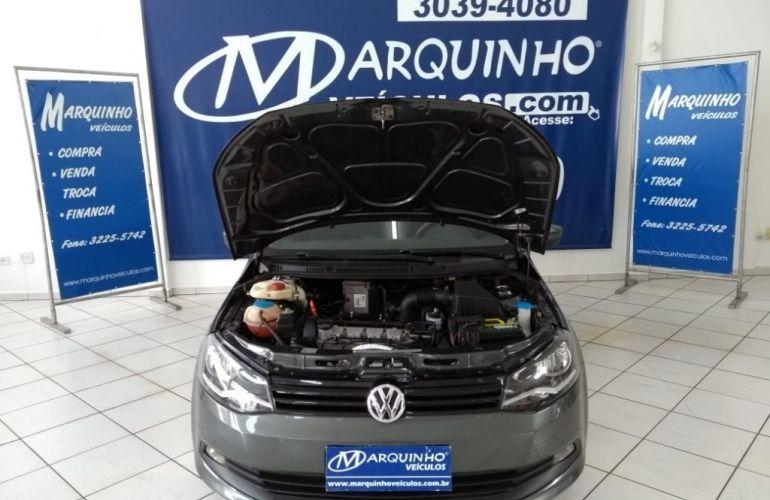Volkswagen Voyage (G6) I-Motion 1.6 (Flex) - Foto #5