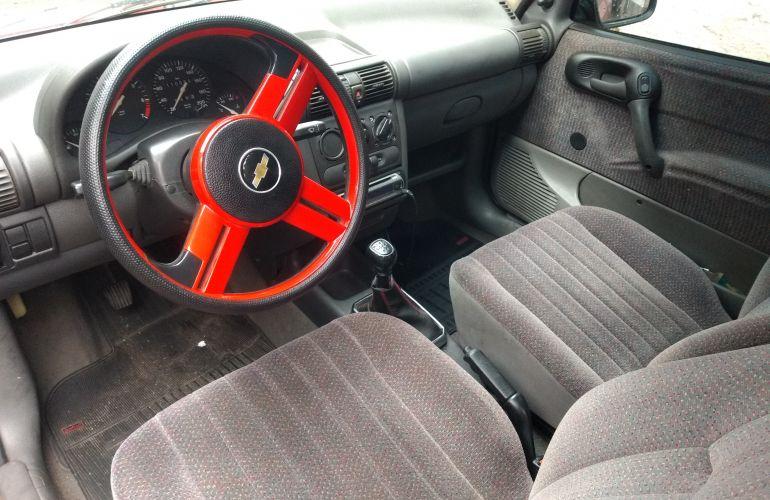 Chevrolet Corsa Hatch GL 1.4 EFi - Foto #1