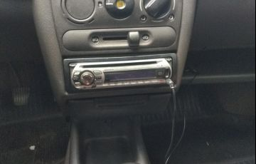 Chevrolet Corsa Hatch GL 1.4 EFi - Foto #9