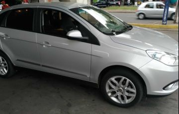 Fiat Grand Siena Essence 1.6 16V Dualogic (Flex) - Foto #8