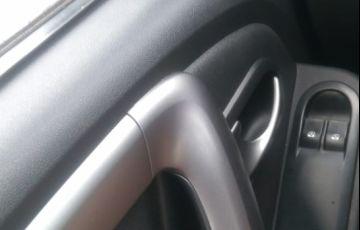 Renault Sandero Expression 1.0 16V (Flex) - Foto #5