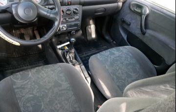 Chevrolet Corsa Sedan Super Milenium 1.0 MPFi 16V - Foto #3