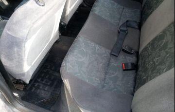 Chevrolet Corsa Sedan Super Milenium 1.0 MPFi 16V - Foto #7
