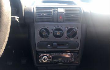 Chevrolet Corsa Sedan Spirit 1.6 - Foto #8