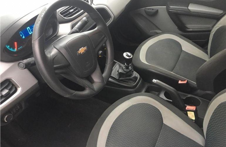 Chevrolet Onix 1.0 MPFi LS 8V Flex 4p Manual - Foto #6