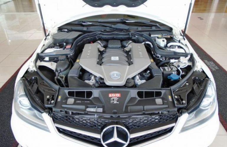 Mercedes-Benz C 63 AMG 6.2 V8 - Foto #2