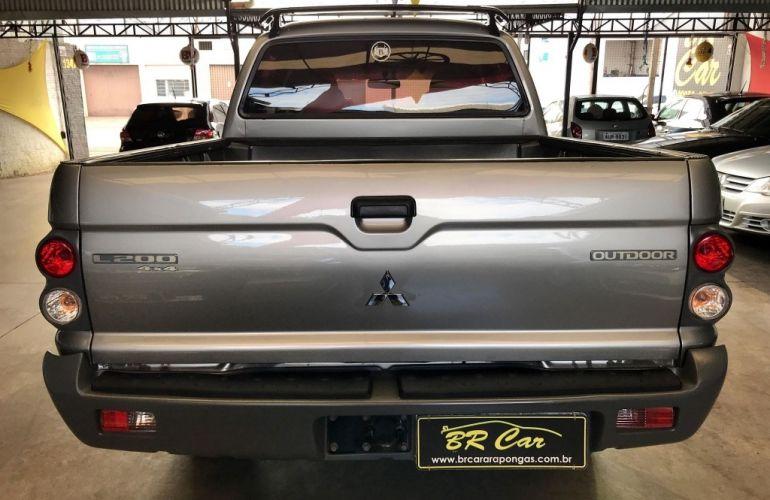 Mitsubishi L 200 Outdoor GLS 4x4 2.5 (cab. dupla) - Foto #5