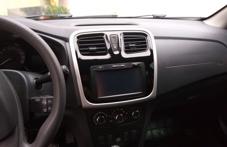 Renault Sandero Expression 1.6 16V SCe (Flex) - Foto #3