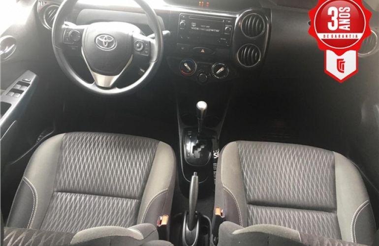 Toyota Etios 1.5 Xls Sedan 16V Flex 4p Automático - Foto #2