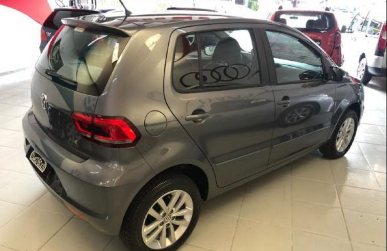 Volkswagen Fox 1.6 MSI Connect (Flex) - Foto #3