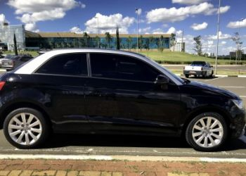 Audi A1 1.4 TFSI Attraction S Tronic - Foto #5