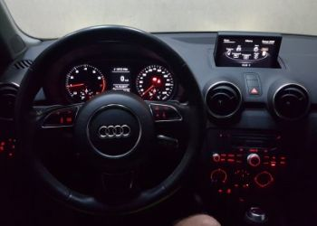 Audi A1 1.4 TFSI Attraction S Tronic - Foto #6