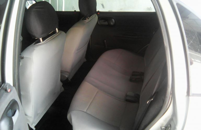 Chevrolet Corsa Sedan Classic Spirit 1.6 - Foto #7