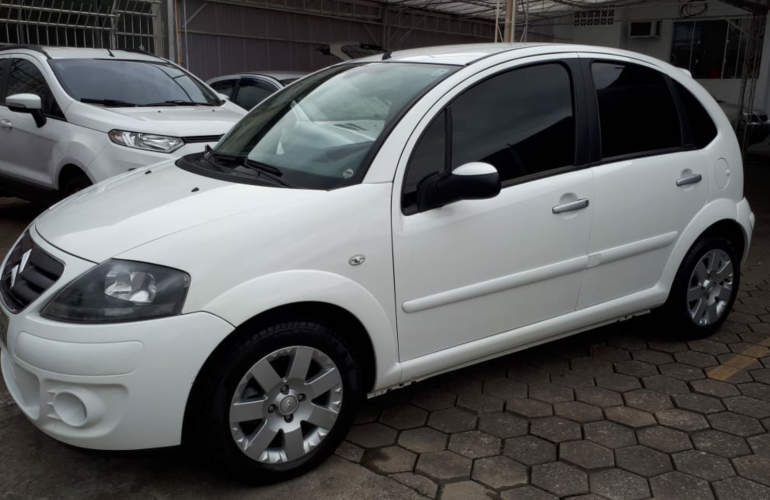 Citroën C3 Exclusive 1.4 8V (flex) - Foto #4