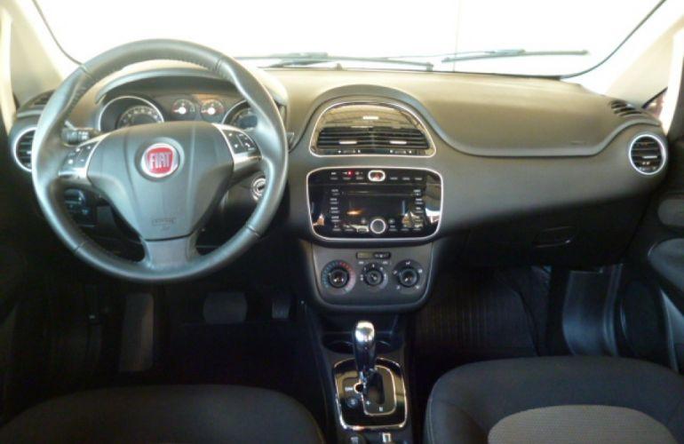 Fiat Linea Essence 1.8 16V Dualogic (Flex) - Foto #4