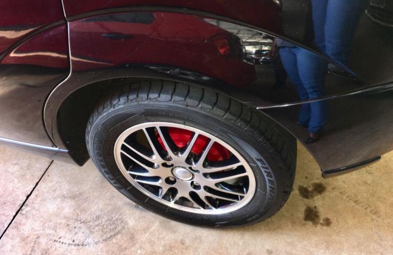 Ford Focus Hatch 1.8 16V - Foto #4