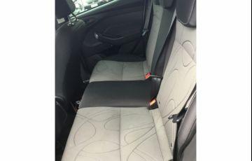 Ford Focus Fastback SE 2.0 PowerShift - Foto #3