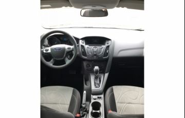 Ford Focus Fastback SE 2.0 PowerShift - Foto #4
