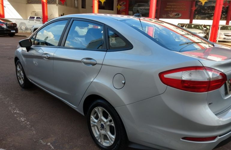Ford New Fiesta Sedan 1.6 SE (Flex) - Foto #2