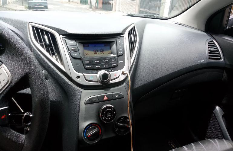 Hyundai HB20S 1.0 Comfort Style - Foto #8