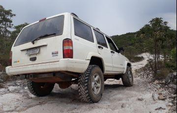 Jeep Cherokee Sport 4.0 - Foto #1