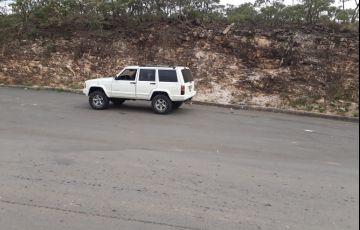 Jeep Cherokee Sport 4.0 - Foto #4