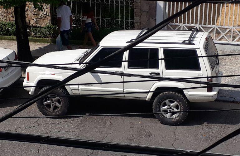 Jeep Cherokee Sport 4.0 - Foto #5