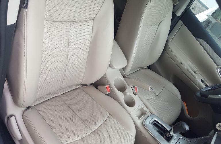 Nissan Sentra Unique 2.0 16V CVT (Flex) - Foto #6